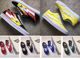 Wholesale Mens Pvc Boot - 2017 new Revenge X Storm Old Skool Skateboarding Shes Flame e 2017 new Mens Womens Fashion Casual skate shoes,Retro Sports Running Boots