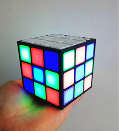 Wholesale Magic Cards Flash - Magic Cube Wireless Bluetooth Speaker LED Flash Light Portable Mini Handsfree Loudspeaker Support TF Card Universal For iphone 7 New gift