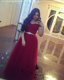 Cintura nera scura online-Saudi Arabia Dark Red Prom Dresses With Crystal Belt Elegant A Line Off Shoulder Tulle Long Plus Size 2018 Arabic Formal Evening Gowns