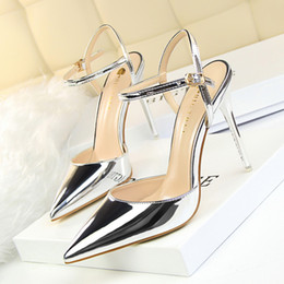Wholesale Nude Wedges Sandals - Luxury Women Shoes patent leather Buckle Pumps High Heels Pointed Toe Sandals Slides red black Purple sliver blue Nude