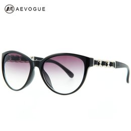 Wholesale Chain Sunglasses Wholesale - Wholesale-AEVOGUE Cat Eye Brand Vintage Sunglasses Women Eyewear Sun Glasses Chain Temple Leather Trimmings UV400 AE0138