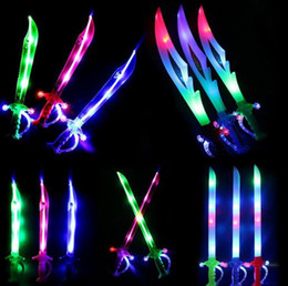 Wholesale Wholesale Lighted Kids Swords - Light Up Ninja Swords Motion Activated Sound Flashing Pirate Buccaneer Sword Kids LED Flashing Toy Glow Stick Party Favors Gift Lightsaber