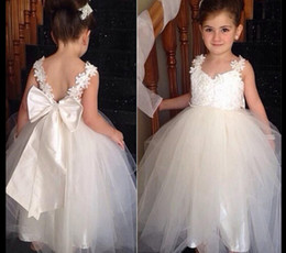 Wholesale White Lace Flower Appliques Wholesale - 3 PCS Vintage Lace Flower Girl Dresses 2016 Bow Cheap White Spaghetti Straps Applique Tulle Corset Backless Birthday Christmas Girls Dress