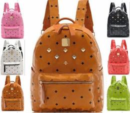 e18bc17f8e433 taschen für college-studenten frauen Rabatt Männer Frauen Niet Rucksack  Männer Mode Leder Tasche Frauen