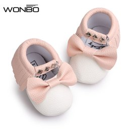 Wholesale Wholesale Mary Janes - Wholesale- New pu Leather Baby Moccasins Rivet striped Mary janes Baby girls princess dress Shoes Newborn first walker Infant baby Shoes