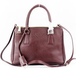 Wholesale Ladys Leather Shoulder Bag - Famous Luxury Brand Women Fashion Bags Shoulder Totes Bags Casual Ladys Crossbody shoulder Handbags Metal Zipper Cosmetics Wallet Key Bag