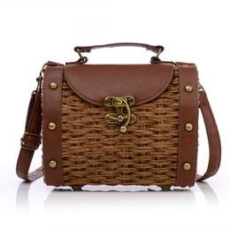 Wholesale Retro Rivet Bag - Wholesale-New 2016 brand fashion Retro portable women handbag vintage rivet Straw Bag Superme Shoulder Messenger woven bag casual cane bag