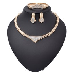 Wholesale Mysterious Black - 2017newest hot sale setting 18 Gold Plated Mysterious Charming Necklace bracelet earing Romantic wedding Jewelry Sets--0035zm