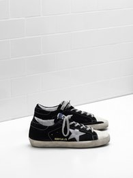 Wholesale Flag Suede - 2017 Italy Golden Sneakers Scarpe Donna Uomo Superstar Sneakers Flag Ltd Calf Suede Upper Star In Laminated Leather Perforated Toe