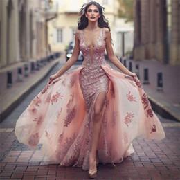2019 Nuovo scollo a V Incredibile abito formale rosa sopra la gonna abito da sera in pizzo con applicazioni di pizzo e tulle da