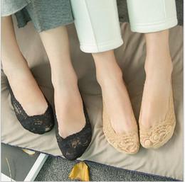Wholesale Cheap Dancing Shoes For Women - Cheap Lace Wedding Shoes Bridal Socks Custom Made Dance Shoes For Wedding Activity Socks Bridal Shoes Free Shipping