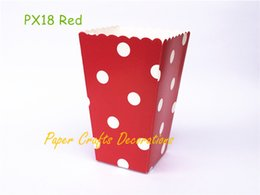 Caixa vermelha de bolinhas on-line-Atacado-24pcs / lot Red Polka Dots Party Paper Pipoca Boxes Candy Favor Sacos De Aniversário De Casamento Movie Night Party Supplies