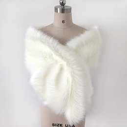 Wholesale Ivory Satin Shrugs Boleros - Cream Ivory Faux Fur Winter Bridal Wrap Stole Shrug Cheap Wedding Evening Prom Party Shawl Cape Bolero Free Size In Stock