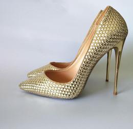 chaussures à talons dorés Promotion Mode Femmes Pompes Real photo mince Talons hauts or Glitter Véritable cuir crampons cloutés rivets hauts talons chaussures bottes 120mm 100mm