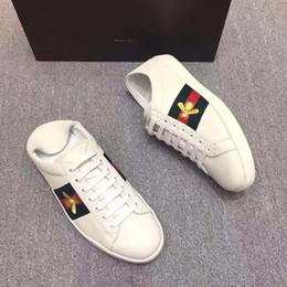 Wholesale Size 41 Women Shoes - Women Genuine Leather Shoes Fashion Casual Shoes Women embroidery Summer Selling High Quality Brand Shoes 2017 New size 35-41 163584195