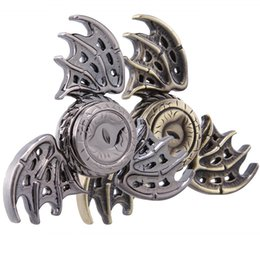 Wholesale Eagle Eye Dragon Wing Métal EDC Main Spinner Fidget Jouets Doigt Doigts Gyro Tri Triangle Spinners HandSpinner Haut Haut