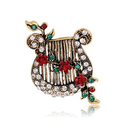 Wholesale Wholesale Piano Crystal - Beautiful Jewelry Wholesale European American Alloy Colorful Rhinestone hand piano Brooches Pin Musical instrument Corsage Scarf Accessories