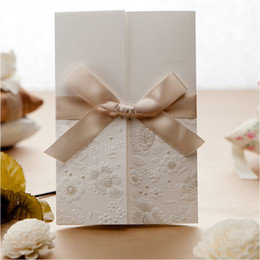 Wholesale Wedding Invitations Ivory Bow - Wholesale-Embossed Flower Wedding Invitations Bow Ivory Printable Invitation Card For Party Supply with Envelope 50sets lot