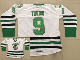 Toews combatiendo sioux jersey online-NCAA North Dakota Fighting Sioux Jonathan Toews Camiseta de hockey de la universidad # 9 Jonathan Toews Camisetas cosidas Universtate Un parche barato
