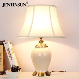 Wholesale Modern Ceramic Lamp - American Pastoral ceramic lamp European modern minimalist bedroom bedlamp ceramic lamp lamp products export