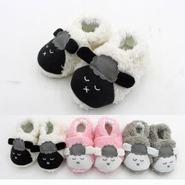 Wholesale Baby Coral Fleece Fabric - Baby coral fleece warm indoor shoes cute infants cartoon animal pattern plush first walk shoes todderls autumn winter warm home shoes 0-1T