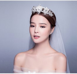 Wholesale Queen Hearts Tiara - Bridal Tiaras Crowns Luxury Western Style Red Dimand Crystals Princess Queen Wedding Party Hair Accessories Headwear