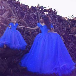 Vestido para a filha prom on-line-2017 cinderela vestido de baile vestidos de baile azul royal vestido de baile fora do ombro mãe filha vestido longo árabe vestidos de festa à noite