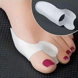 Wholesale Toe Straightener Hallux Valgus - 2Pcs Gel Silicone Bunion Toe Separators Gel Pain Relief Corrector Toe Straightener Hallux Valgus Pro Massager For Foot Care Tool
