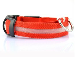 Collari di cane extra larghi online-Pet Dog Collar Safety LED Light lampeggiante in leopardo scuro Nylon Serie 3 modalità di illuminazione LED Pet collare 2,5 centimetri ampio luminoso Pet