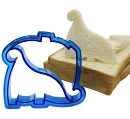 Wholesale Mould Shapes - Dinosaur Dog Butterfly Shape Sandwich Bread Cutter Mold Cake Tools Cake Toast Moulds Maker Wholesale wa3985