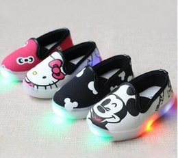 Wholesale Cartoon Boy Girl Hard - 2017 New brand LED lighted up children shoes cartoon Cool high quality girls boys shoes fashion baby kids glowing sneakers