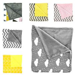 Wholesale Boys Bath Robes - Ins Baby Minky Blankets Infant Zigzag Swaddle Chevron Wrap Newborn Swaddling Stroller Manual Blanket Nursery Bedding Bath Towel