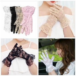 Wholesale Ladies Gloves Driving Sun Protection - Lace Gloves Wedding Party Bridal Gloves Lady Car Drive Sun Protection Mittens Wrist Length Full Finger Gloves Sexy Fashion YYA88