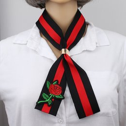 Wholesale Gothic Chokers Ribbon - Black Red Embroidery Rose Ribbon Choker Necklaces & Pendants for Women Accessories Gothic Statement Necklace for shirts decoration NE698
