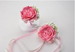 Wholesale Wholesale Wrist Wedding Corsages - The bride bridegroom pink blue corsages brooches beach wedding bouquets bridesmaids bouquets wrist flowers business party brooches
