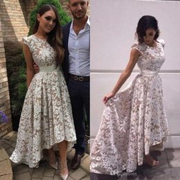 Wholesale elegant hi lo dresses - Elegant 2017 Sheer Lace A Line High Low Prom Party Dresses Jewel Neck Capped Sleeves Evening Dresses Fashion Juniors Gowns