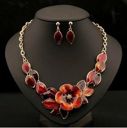 Wholesale Bib Earrings - Beautiful Flower Womens Jewelry Sets 4 Color Option Gold Plated Enamel Statement Pendant Bib Necklace Earring Set