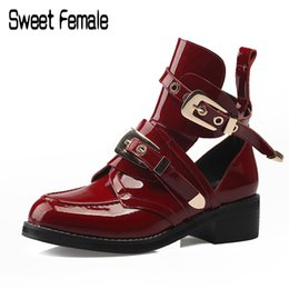 Wholesale Ladies Wedge Shoes Ankle Straps - Female Motorcycle Boots Metal Buckle Europe Us Holes Martin Boots Ladies' Spring Summer Autumn Large Size Shoes Cool boots