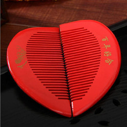 Wholesale Human Heart Shape - Wedding wedding supplies festive big red heart shaped wooden comb wholesale of human heart bride