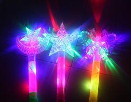 Heiße stangen spielzeug online-Hot Garden LED leuchtende Fluoreszenz Flash Rod Boden Stall die Atmosphäre der Konzertatmosphäre Unterstützung Spielzeug Hohl Pentagramm Weihnachten