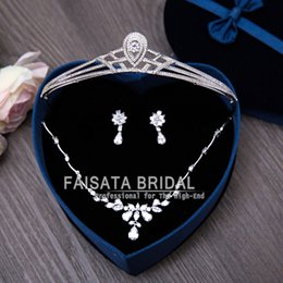 Wholesale Bridal Jewelry Set 24k - New Arrival European 2017 Jewelry Sets Rhinestone Necklace Earring Crow Set for Women Bridal Wedding Dress Photography Accessories 3pcs