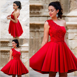 Wholesale Beautiful Bones - 2017 New Arrival Red Mini Short A Line Homecoming Dresses One Shoulder Beautiful Satin Graduation Party Dresses Sweet 16 Dresses