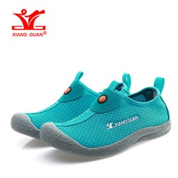 Wholesale Sandal Wading Shoes - Woman Beach Shoes for Women Upstream Trainers Sandals 2017 Wading Loafers Summer Water Sports Boating Shoe trekking Outdoor Walking Sneakers
