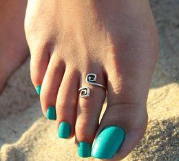 Anillo de dedos caliente online-Anillos del dedo del pie Celebrity Women Fashion Simple Retro Toe Ring Ajustable Pie Playa Joyas Playa Desfile de moda Estilo Retro Joyería Corporal Insta Hot