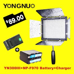 Wholesale Yongnuo Light - Wholesale-Yongnuo YN300 III 5500K CRI95 LED Video Light with NP-F970 Battery & Charger for DSLR Camera Photography Studio lighting Lamp