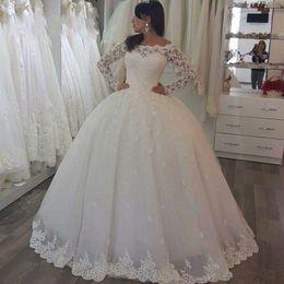 Wholesale Winter Wedding Gowns Sleeves - 2017 Winter Style Lace Muslim Wedding Dress Illusion Arbic Vintage Long Sleeve Ball Gown Vestido de Noiva Custom Made Princess Bridal