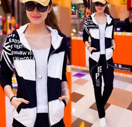 Wholesale Martial Arts Outfit - Black and white stitching women runway spring long sleeve top and pants suits Women clubwear outfits casual tracksuit