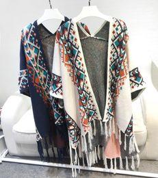 Wholesale geometric shawl cardigan - 2017 Spring Europe Retro National Style Geometry Bat Sleeves Tassel Knitted Cape Cardigan Sweater Shawl Coat Women Fashion