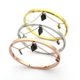 Wholesale India Black Red - Jewelry wholesale red oil quatrefoil hanging black chain hanging India quatrefoil Bracelet 18K Gold Bracelet