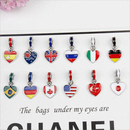 Wholesale National Cars - 2017 fashion 100pcs lot alloy National flags of the world DIY key chain car bracelet accessories Jewelry For Women wholesale Free shipping